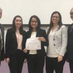 De izquierda a derecha el Dr. Rogelio J. Cardona, Nanette Torres, Yarimar Berrios, la Dra. Karen C. Castro, y Luis Zayas García, ex presidente en la Junta de Gobierno del Colegio de CPA de PR